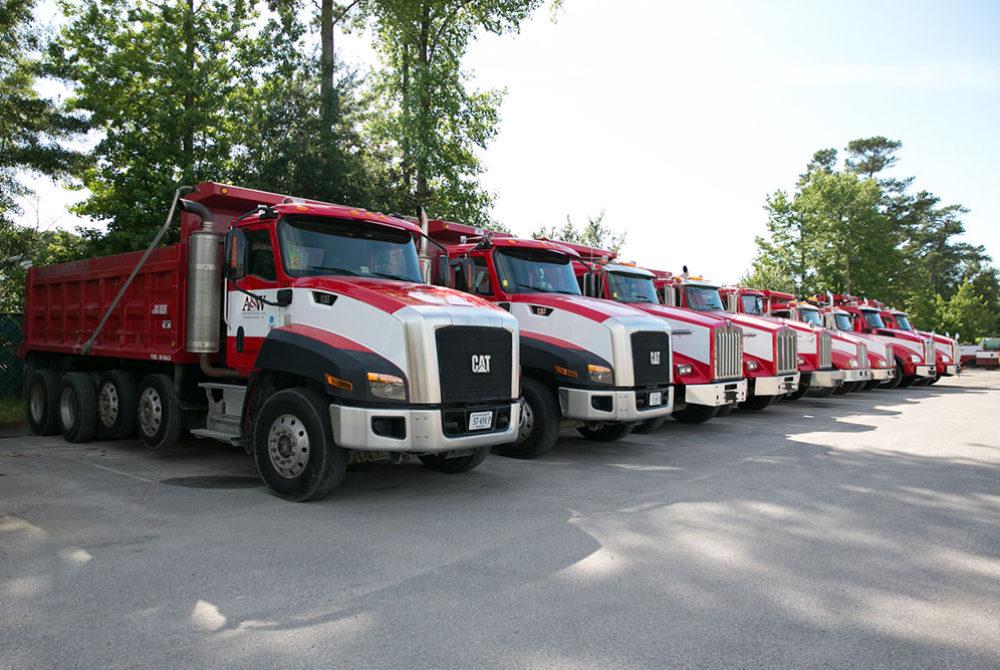 2Q7A9557-trucks