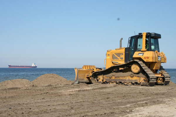 site-beachhauling2